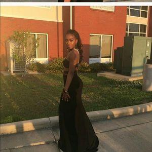 Sherri Hill worn once black prom/formal dress 00